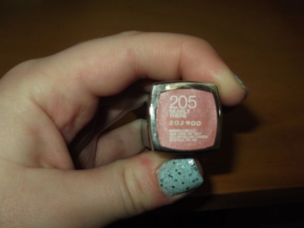 maybelline_nearlythere2